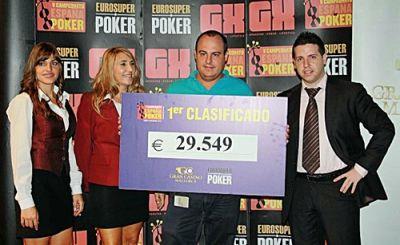 David Anton gana el campeonato de españa de poker en mallorca